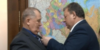b_300_0_16777215_00_https___kprf.ru_media_images_newsstory_illustrations_large_475314_shtab01.jpg - КПРФ